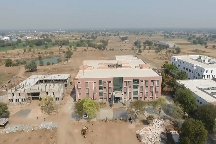 https://cache.careers360.mobi/media/colleges/social-media/media-gallery/4286/2019/3/19/Campus View of Hasmukh Goswami College of Engineering Ahmedabad_Campus-View.png